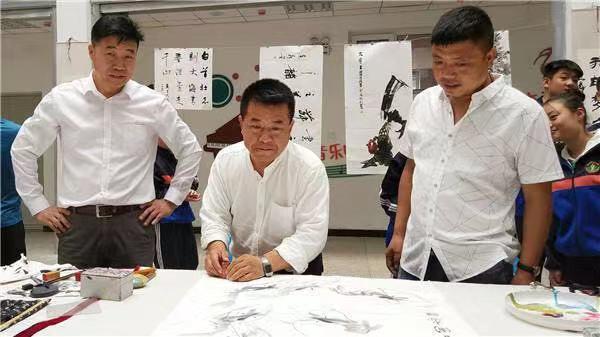 张立国:一名画家的公益情怀